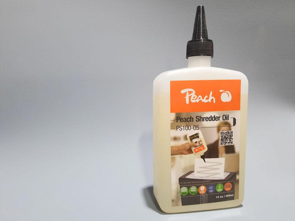 Aktenvernichter Öl in einer Flasche