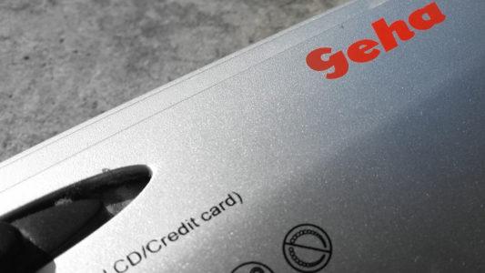 Logo von Geha auf einem Aktenvernichter
